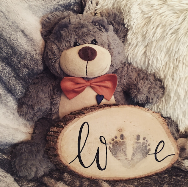 Jensen Bear with Love Wood Slice.png